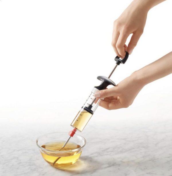 Inyector de condimentos OXO