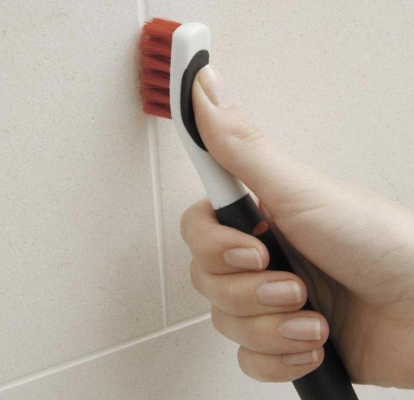 Juego de cepillos OXO para limpiar a fondo